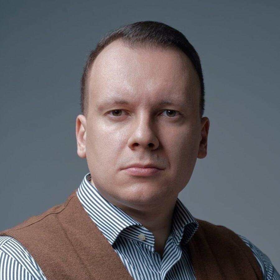 Илья Скрябин